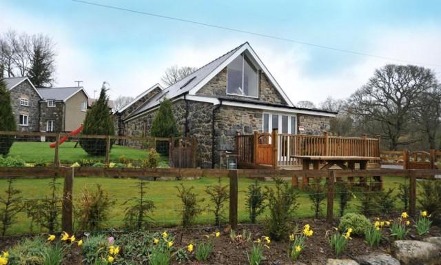 Bythynnod Bryncaled Cottages