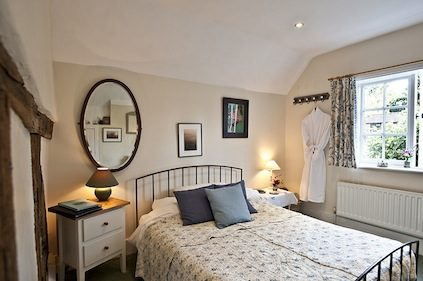 Bed & Breakfast in Guildford